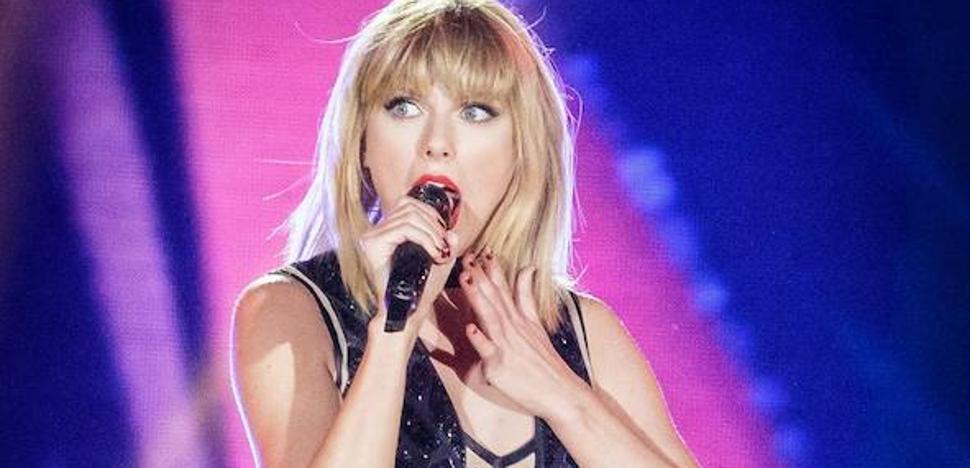 Taylor Swift rompe a llorar en el juicio por agresión sexual