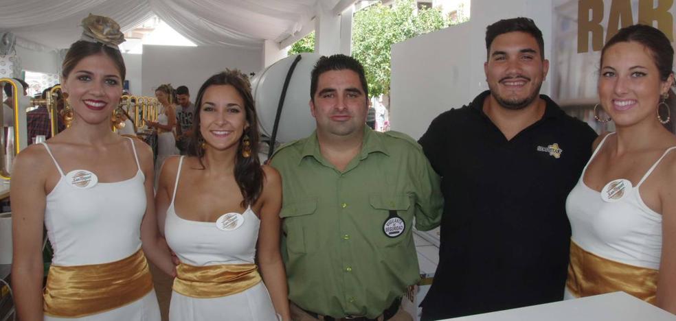 Las fotos de la Caseta Abanico de SUR, este martes de Feria