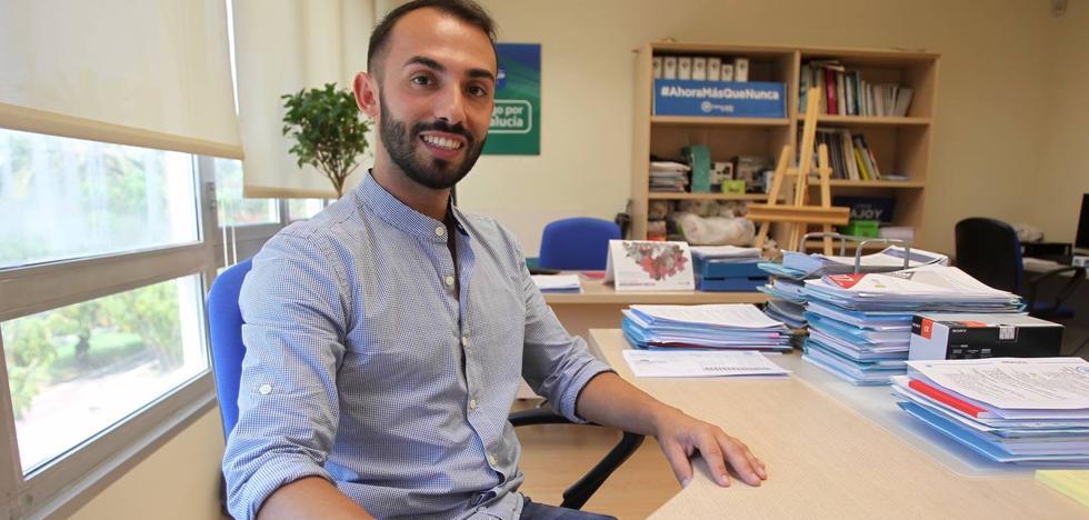Enrique Rodríguez: «Los jóvenes podemos dar el empujón que Juanma necesita para gobernar»