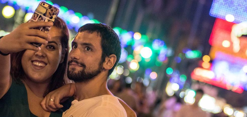 10 sitios para llevarte el mejor 'selfie' en la Feria de Málaga