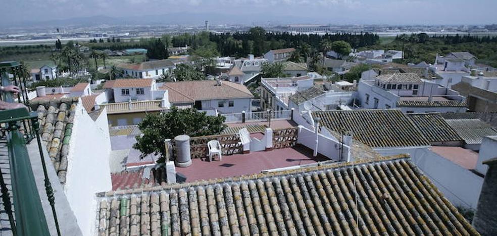 La Policía Local de Málaga detiene a tres personas por tráfico de cocaína en Churriana
