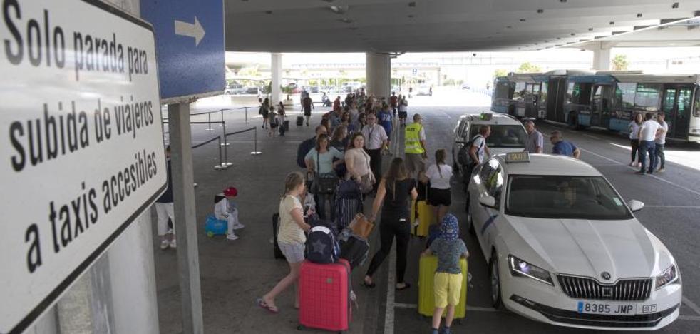 Fin a la huelga de taxis en Málaga