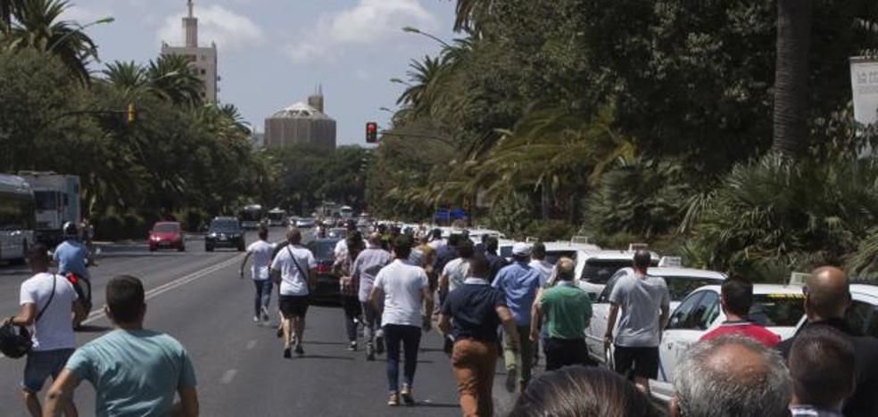 Diez detenidos por los incidentes durante la huelga de taxistas en Málaga