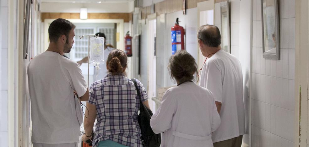 Los centros sanitarios y la oferta educativa, los menos valorados en la provincia de Málaga