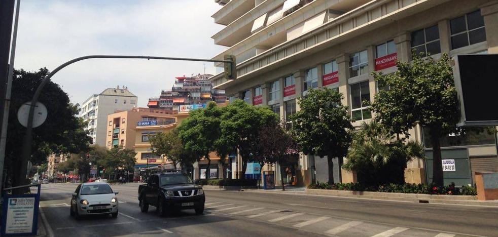 Herido un motorista en un accidente con un autobús en el centro de Marbella