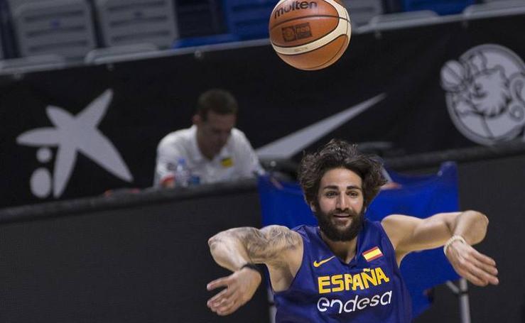 La selección española de baloncesto se entrena en Málaga