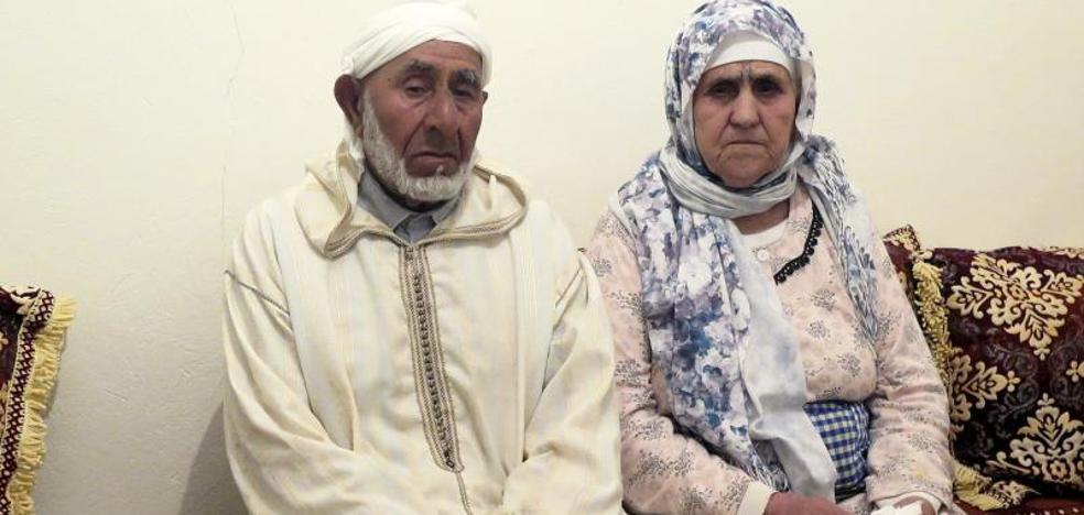 En el pueblo natal de los Abouyaaqoub reiteran que eran chicos «normales»