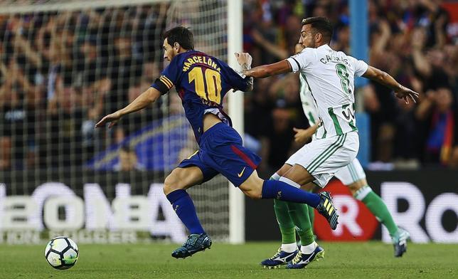 Deulofeu pone en bandeja la primera victoria de Valverde