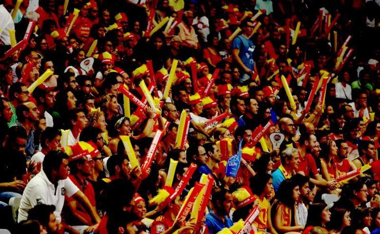 Fotos del España-Venezuela disputado en Málaga