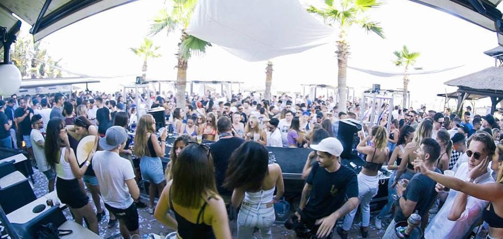 Los clubes de playa de Torremolinos se reinventan