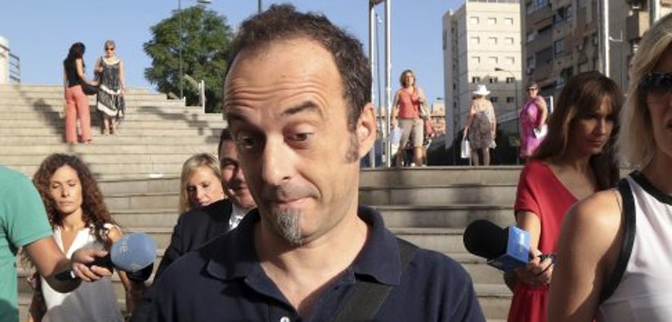 Francesco Arcuri pide que se cumpla la orden judicial de devolverle a sus hijos