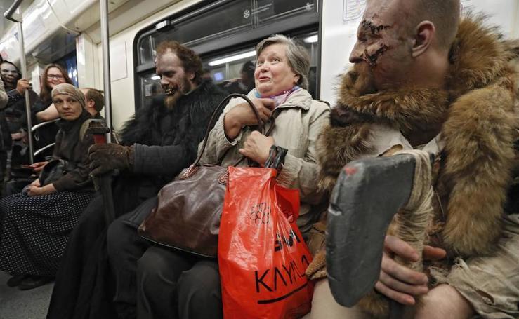 Juego de Tronos llega al metro de Moscú