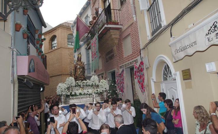 La Patrona de Málaga baja a la Catedral para el inicio de su novena