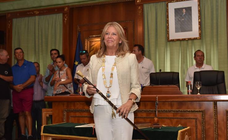 En fotos, Ángeles Muñoz recupera la Alcaldía de Marbella