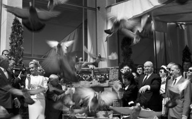 El Festival de Cine Francés de Málaga expondrá fotos de Hitchcock, Buñuel y Chabrol en Cannes