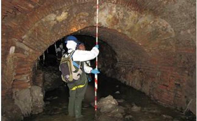 Emasa alerta de que el Centro de Málaga se puede inundar por un arroyo subterráneo