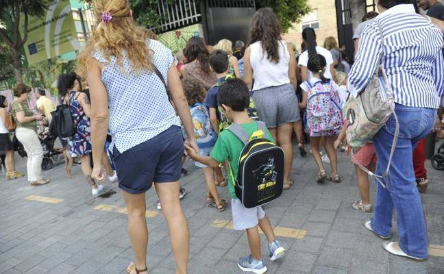 El nuevo curso comienza para más de 155.000 alumnos de Infantil y Primaria