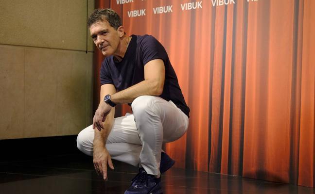 Banderas anuncia que cerrará pronto su proyecto de teatro privado en Málaga