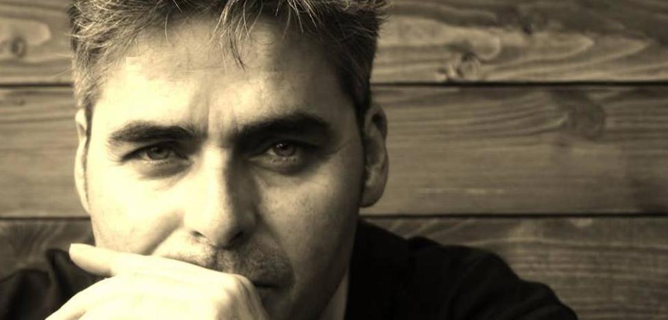 Javier Batanero presenta en Málaga su nuevo trabajo