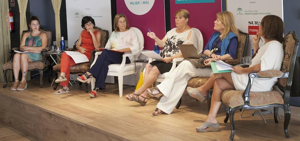 Mujeres y cultura: ellas consumen más, pero sus trabajos tienen menos presencia