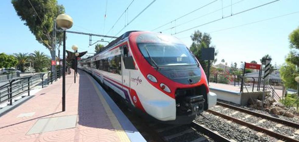 El Gobierno tiene previsto invertir en dos años 751.000 euros para el estudio del tren a la Costa hasta Marbella