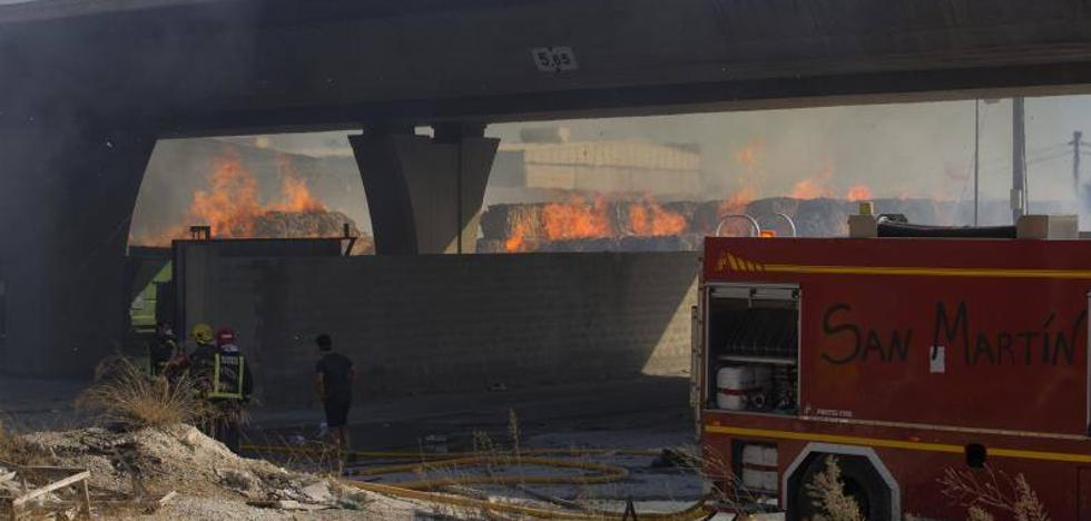 El Ayuntamiento de Málaga denuncia que efectivos de bomberos siguen negándose a cubrir emergencias