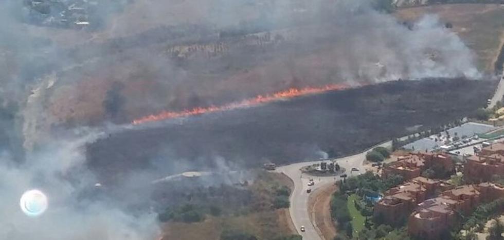 Tres incendios declarados este sábado en Málaga afectan a 14,4 hectáreas en total