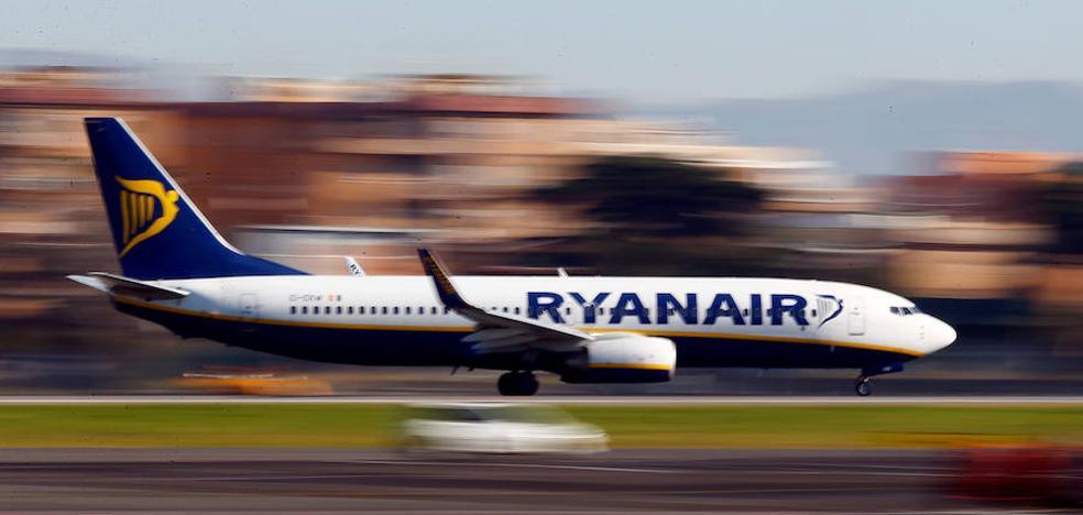 """Ryanair asegura que las cancelaciones se deben a un """"grave error"""" en la distribución de las vacaciones de sus tripulaciones"""
