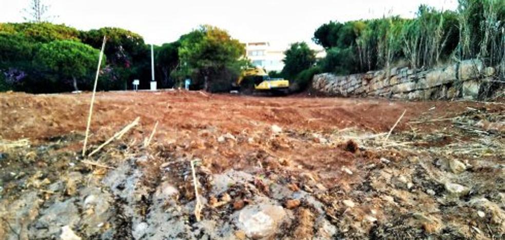 Izquierda Unida denuncia agresivos desbroces en las dunas de Cabopino