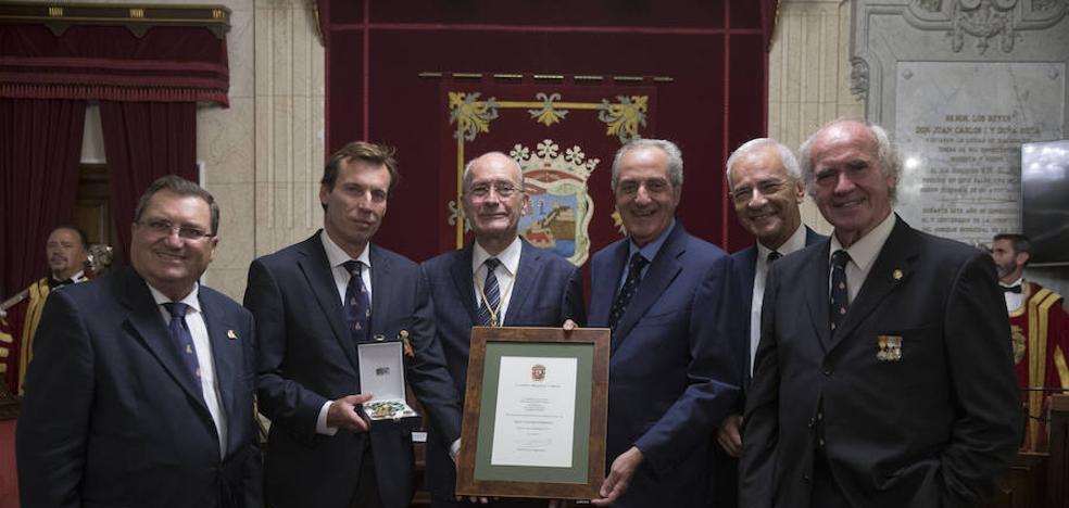 El Club Mediterráneo, pionero en España, recibe la Medalla de Málaga