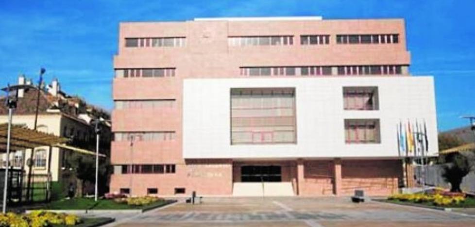 Fuengirola investiga la ausencia de actas históricas de plenos de al menos 20 años