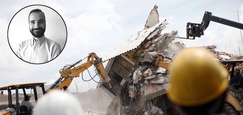 Otras 50 personas siguen bajo los escombros en el edificio de México donde está atrapado un malagueño