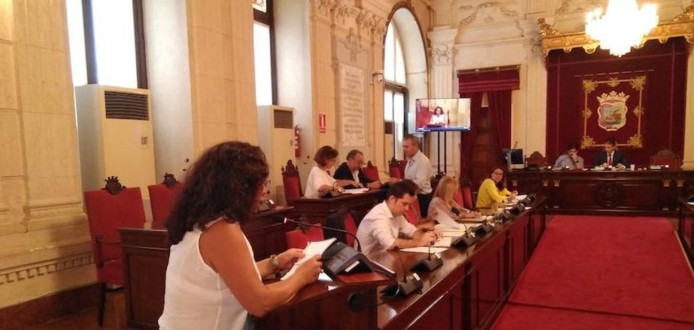 El PP de Málaga capital se queda solo y se abre a estudiar una rebaja de la plusvalía por herencia