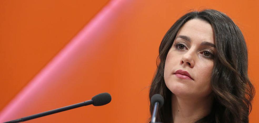 Arrimadas asegura que Puigdemont «se ha cargado» la autonomía de Cataluña
