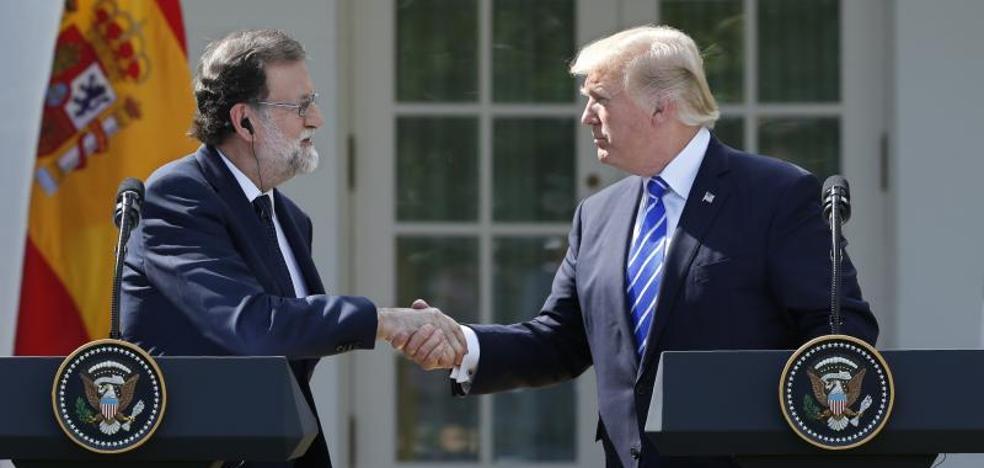 Trump brinda su apoyo a Rajoy: «Sería una tontería que Cataluña no se quedara en España»