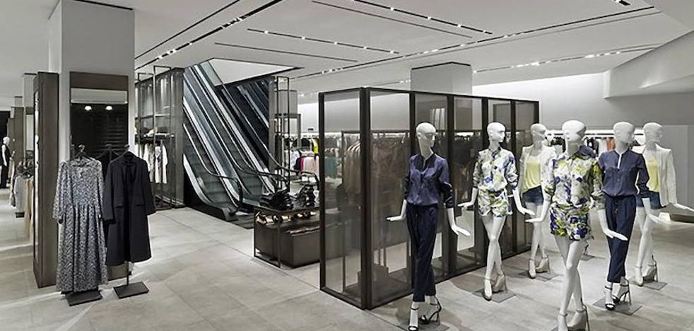 Oferta de trabajo: Zara busca a veinte personas para reforzar sus tiendas en Málaga capital