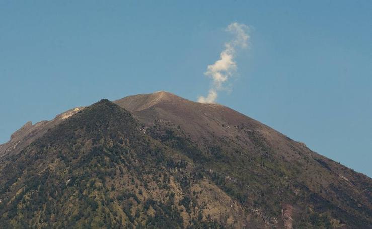 Alerta en Bali por la erupción del volcán Agung