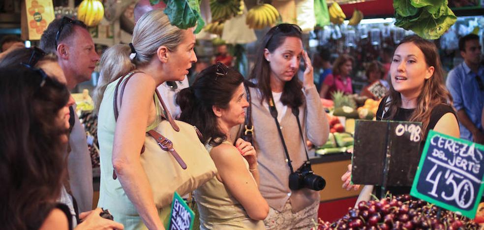 Lo último en turismo 'foodie' en málaga: los 'gastro-sherpas'
