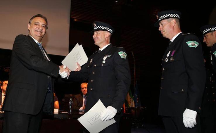 Fotos de las distinciones del 175 aniversario de la Policía Local