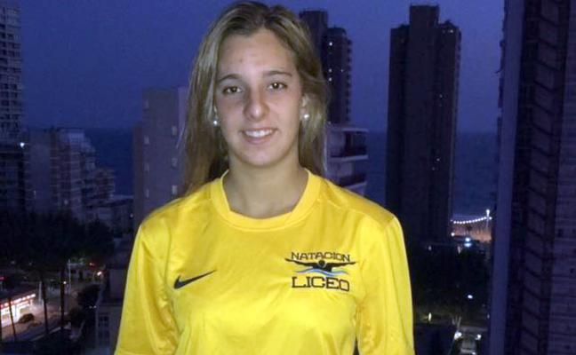 María de Valdés se marcha del Fuengirola y ficha por el Club Natación Liceo