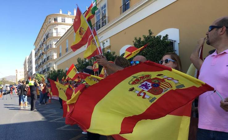 Concentración en Málaga para apoyar a la Policía Nacional y Guardia Civil desplazada a Cataluña