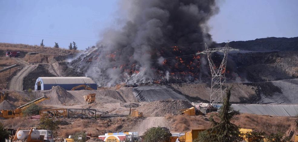 El incendio de una planta de reciclaje causa alarma en Córdoba