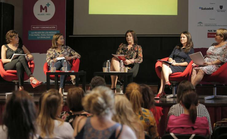 El foro 'Mujer y comunicación' en imágenes