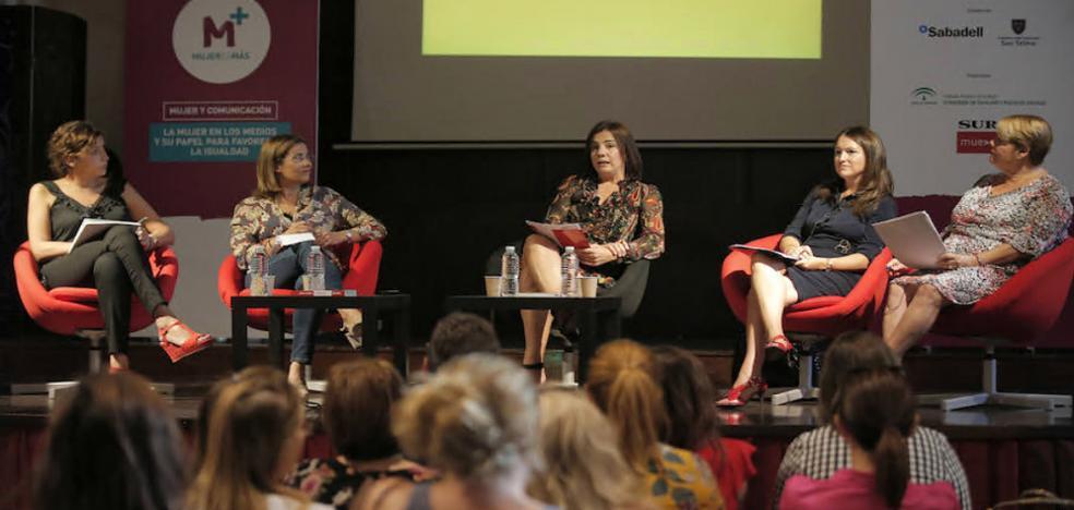 «El periodismo debe usar un lenguaje claro y directo para hablar de igualdad»