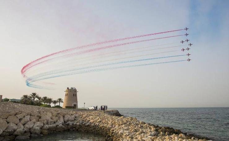 Fotos de la exhibición aérea de la escuadra inglesa Red Arrows