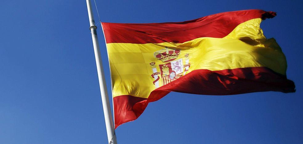 Vélez acoge este sábado una jura de bandera civil en plena polémica sobre Cataluña