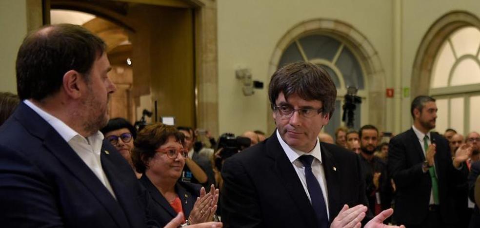 Puigdemont: «Pides diálogo y te responden planteando el 155. Entendido»