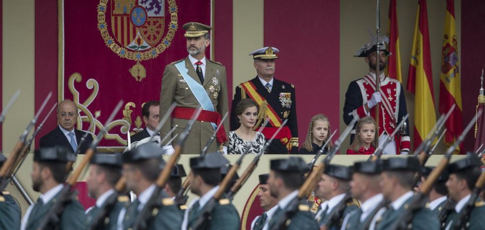 El Rey preside hoy el 12 de octubre más tenso desde su proclamación