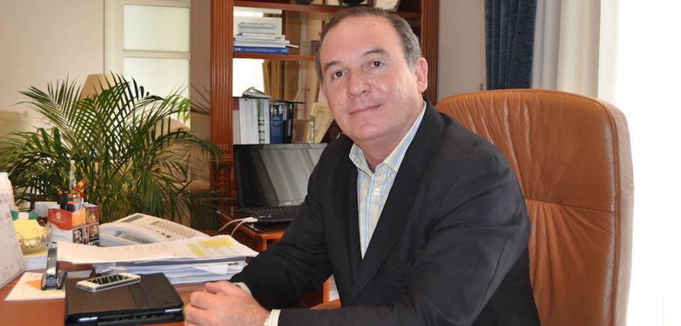 Citan a declarar al exalcalde de Vélez-Málaga por las obras de conexión de unos pozos a la red