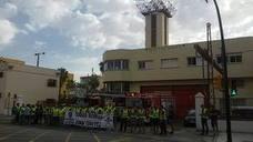 Bomberos de Málaga se concentran en apoyo al sargento suspendido